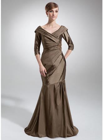 Trumpet/Mermaid Taffeta 1/2 Sleeves Off-the-Shoulder Sweep Train Zipper Up Mother of the Bride Dresses