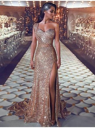 Chic One-Shoulder Sleeveless Prom Dresses Sweep Train Sequined Sheath/Column