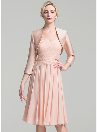 A-Line/Princess Chiffon Sleeveless Sweetheart Knee-Length Zipper Up Mother of the Bride Dresses