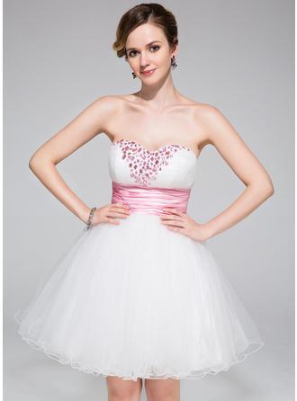 Glamorous Tulle Sleeveless Sweetheart Ruffle Sash Beading Homecoming Dresses