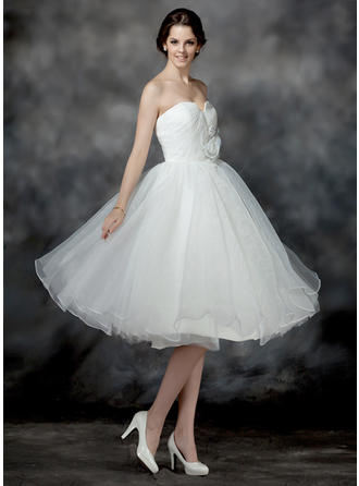 A-Line/Princess Knee-Length Wedding Dress With Ruffle Flower(s) Sequins