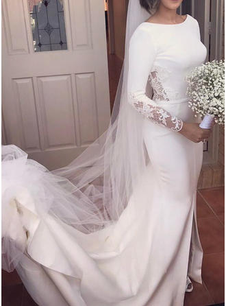 Trumpet/Mermaid Scoop Court Train Wedding Dress With Lace Split Front