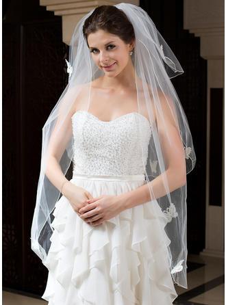 Fingerspitze Braut Schleier Tüll Dreischichtig Klassische Art mit Gebündelter Rand Brautschleier