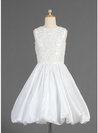 A-Line/Princess Scoop Neck Tea-length With Ruffles/Beading/Sequins Taffeta Flower Girl Dress