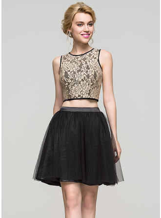 A-Line/Princess Scoop Neck Short/Mini Charmeuse Tulle Homecoming Dresses