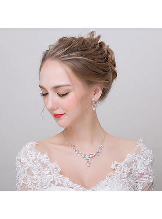 Jewelry Sets Alloy/Zircon Earclip Ladies' Romantic Wedding & Party Jewelry