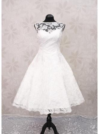 A-Line/Princess Scoop Tea-Length Wedding Dress With Lace