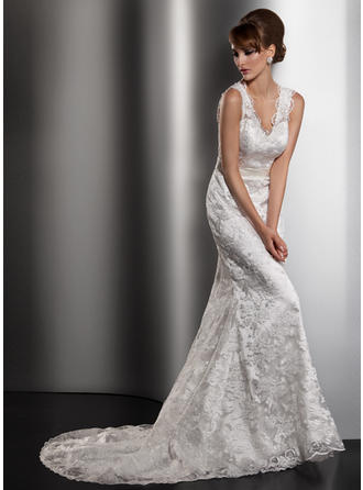 Trumpet/Mermaid Court Train Wedding Dress With Bow(s)