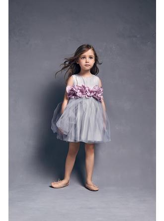 A-لاين أميرة عنق مدور طول الركبة مع زهرة قماش رقيق شفاف فستان فتاة الزهور