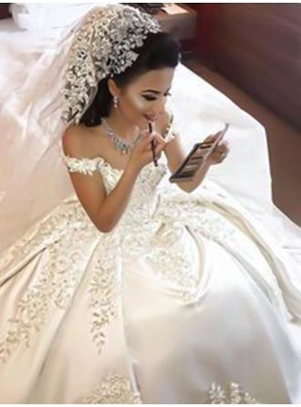 Off-The-Shoulder Ball-Gown Wedding Dresses Satin Appliques Lace Sleeveless Court Train