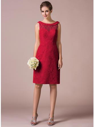 Lace Sleeveless Sheath/Column Bridesmaid Dresses Scoop Neck Knee-Length
