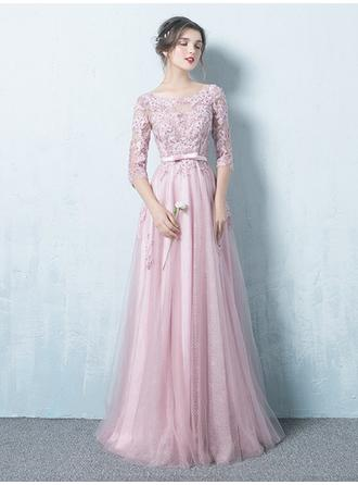 A-Line/Princess Scoop Neck Floor-Length Prom Dresses With Sash Appliques Lace