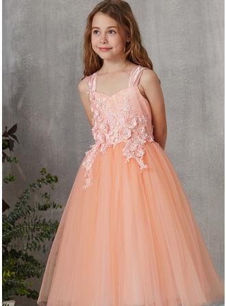 A-Line/Princess V-neck Tea-length Tulle/Lace Short Sleeves Flower Girl Dresses