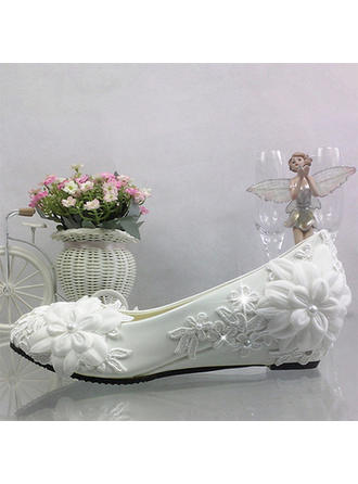 Women's Closed Toe Pumps Wedge Heel Leatherette With Imitation Pearl Stitching Lace Flower Wedding Shoes