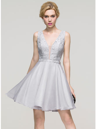 A-Line/Princess V-neck Short/Mini Organza Homecoming Dresses