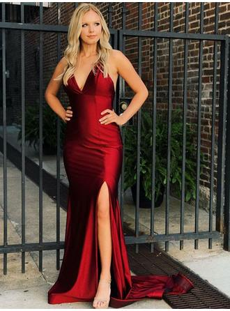 Charmeuse Sleeveless Trumpet/Mermaid Prom Dresses V-neck Split Front Sweep Train