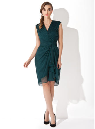 Chiffon Sleeveless Mother of the Bride Dresses V-neck Sheath/Column Cascading Ruffles Knee-Length