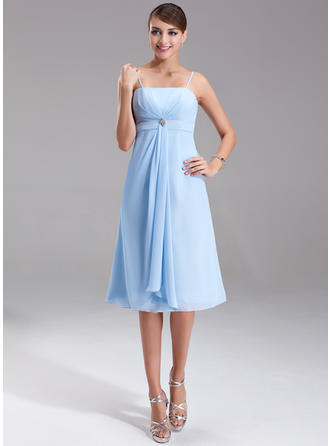 Empire Knee-Length Chiffon Knee-Length Bridesmaid Dresses