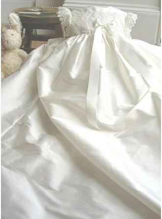 Scoop Neck A-Line/Princess Flower Girl Dresses Satin Lace Short Sleeves Watteau Train