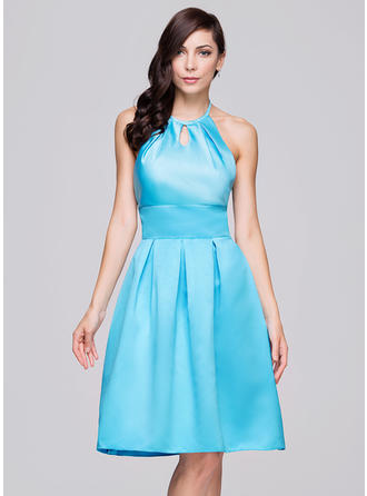 Satin Sleeveless A-Line/Princess Bridesmaid Dresses Halter Ruffle Bow(s) Knee-Length