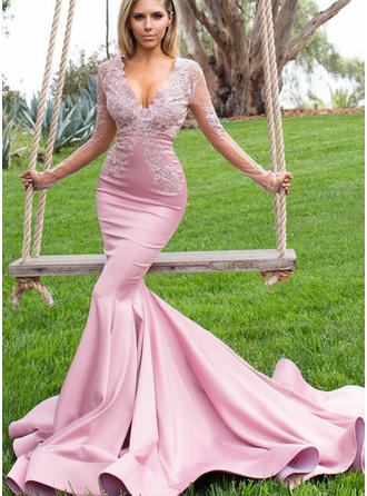 Charmeuse Long Sleeves Trumpet/Mermaid Prom Dresses V-neck Appliques Lace Sweep Train