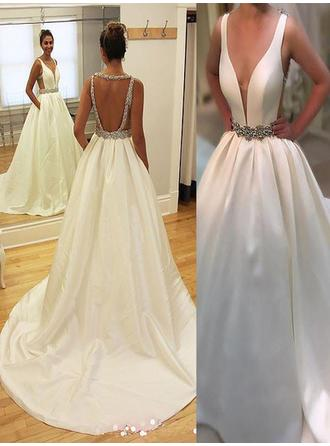 2019 New Court Train A-Line/Princess Wedding Dresses V-neck Satin Sleeveless