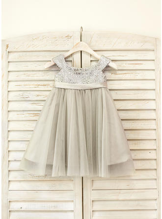 Sweetheart Knee-length Empire Flower Girl Dresses Straps Tulle/Sequined Sleeveless