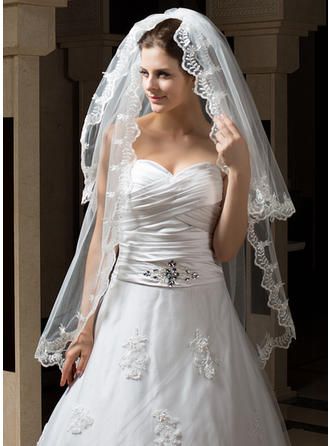 Fingertip Bridal Veils Tulle Two-tier Mantilla With Lace Applique Edge Wedding Veils