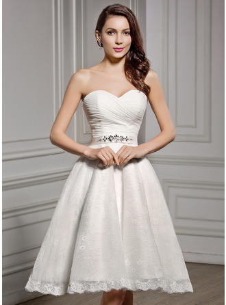 A-Line/Princess Sweetheart Knee-Length Chiffon Lace Wedding Dress With Ruffle Beading Sequins