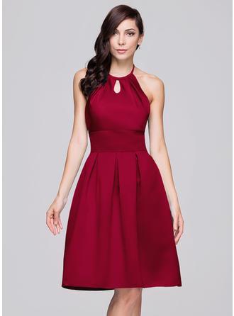 Satin Sleeveless A-Line/Princess Bridesmaid Dresses Halter Ruffle Bow(s) Knee-Length