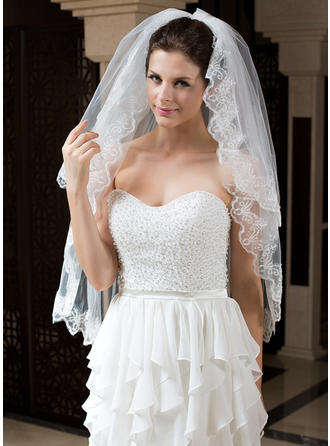 Fingertip Bridal Veils Tulle Two-tier Classic With Lace Applique Edge Wedding Veils
