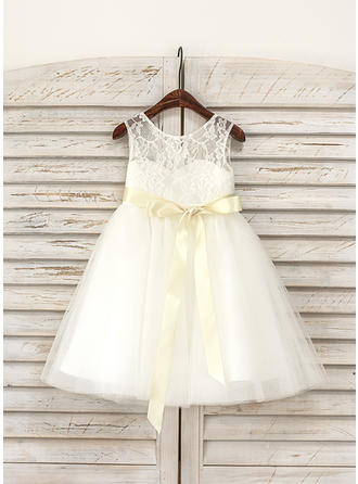 A-Line/Princess Scoop Neck Knee-length Lace Sleeveless Flower Girl Dresses