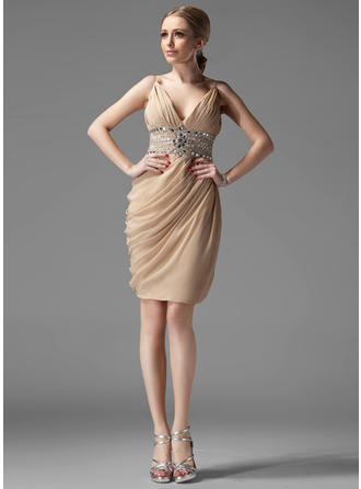 Sheath/Column V-neck Chiffon Sleeveless Knee-Length Ruffle Beading Cocktail Dresses