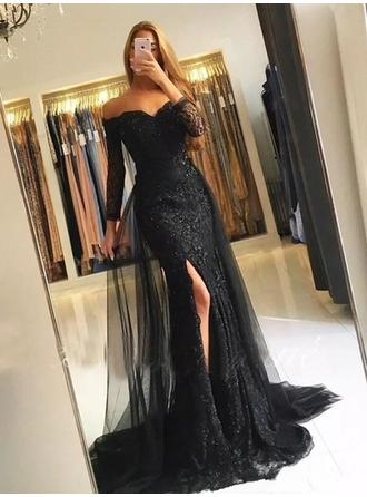 Long Sleeves Trumpet/Mermaid Prom Dresses Off-the-Shoulder Lace Split Front Sweep Train