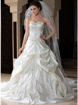 Cathedral Bridal Veils Tulle Three-tier Drop Veil With Scalloped Edge Wedding Veils