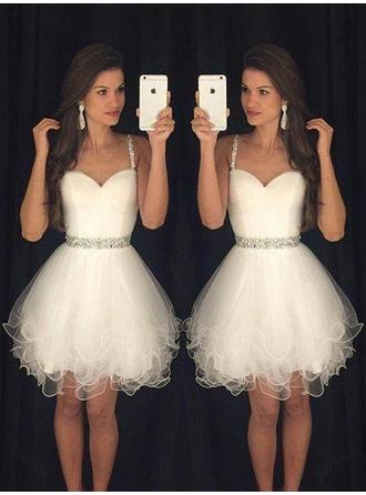 A-Line/Princess Sweetheart Tulle Sleeveless Short/Mini Beading Cocktail Dresses