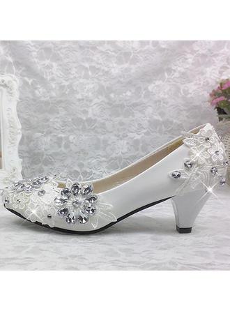 Frauen Geschlossene Zehe Absatzschuhe Kegel Absatz Lackleder mit Strass Stich Spitzen Blume Brautschuhe