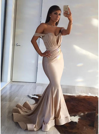Silk Like Satin Sleeveless Trumpet/Mermaid Prom Dresses Off-the-Shoulder Ruffle Sweep Train