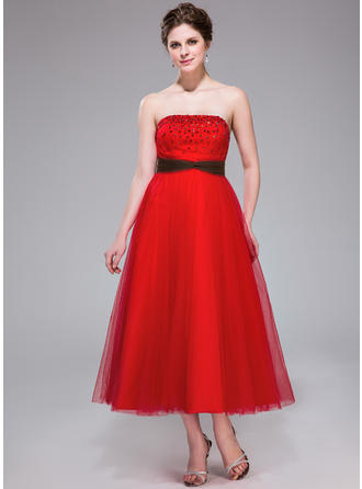 A-Line/Princess Strapless Tea-Length Tulle Homecoming Dresses With Ruffle Sash Beading