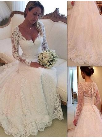 Delicate Chapel Train Ball-Gown Wedding Dresses V-neck Lace Long Sleeves