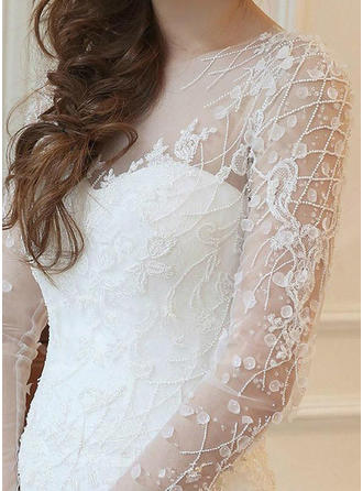 Trumpet/Mermaid Scoop Court Train Wedding Dress With Lace Beading Appliques Lace
