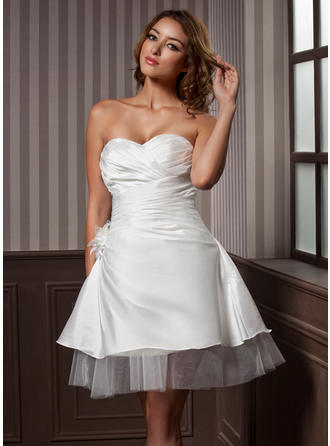 A-Line/Princess Sweetheart Knee-Length Wedding Dresses With Ruffle Flower(s)