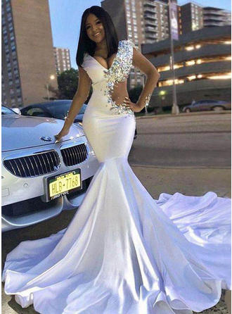 Beautiful Satin Prom Dresses Trumpet/Mermaid Chapel Train V-neck Long Sleeves