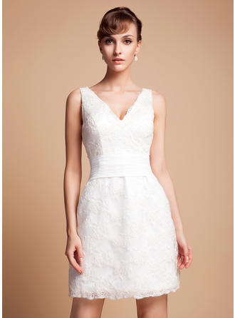 Princess Lace Wedding Dresses With Regular Straps