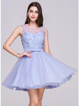 A-Line/Princess Scoop Neck Short/Mini Chiffon Tulle Homecoming Dress With Beading Flower(s) Sequins