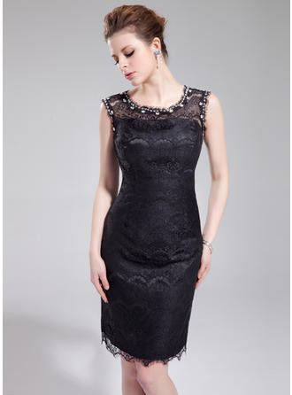 Sheath/Column Scoop Neck Knee-Length Cocktail Dresses With Beading