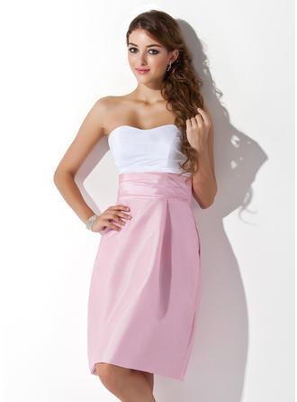 Sheath/Column Sweetheart Knee-Length Bridesmaid Dresses With Ruffle