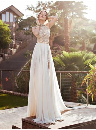 A-Line/Princess Halter Court Train Wedding Dresses With Lace Beading Split Front