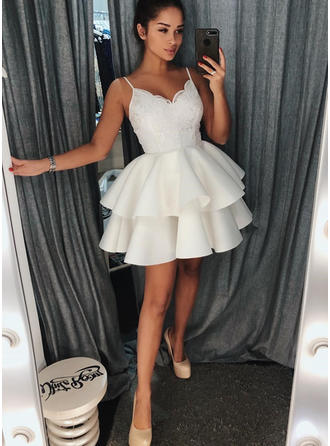 Ruffle Lace A-Line/Princess Short/Mini Satin Homecoming Dresses