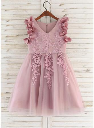 A-Line Knee-length Flower Girl Dress - Satin/Tulle/Lace Sleeveless V-neck With Flower(s)